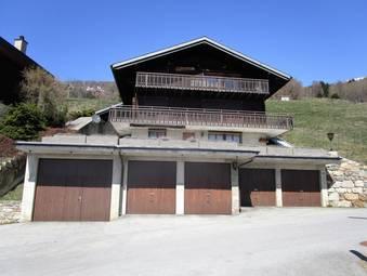Chalet mit 3 Wohnungen «Ob dum Dorf»